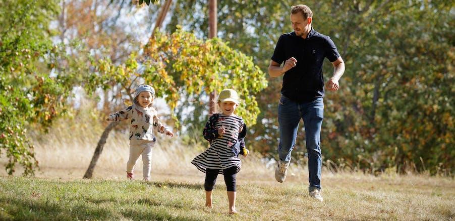 langviken-familj-springer-scaled