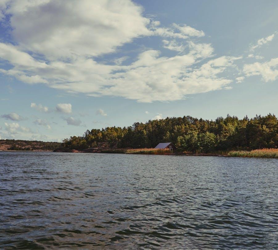 langvikens-stugor-utsikt